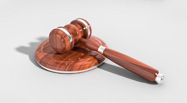 הגשת תביעה בתביעות קטנות: המדריך המלא